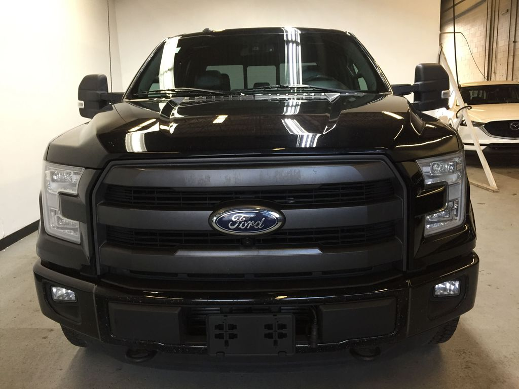 Pre-Owned 2016 Ford F-150 Lariat w/ Sport Package