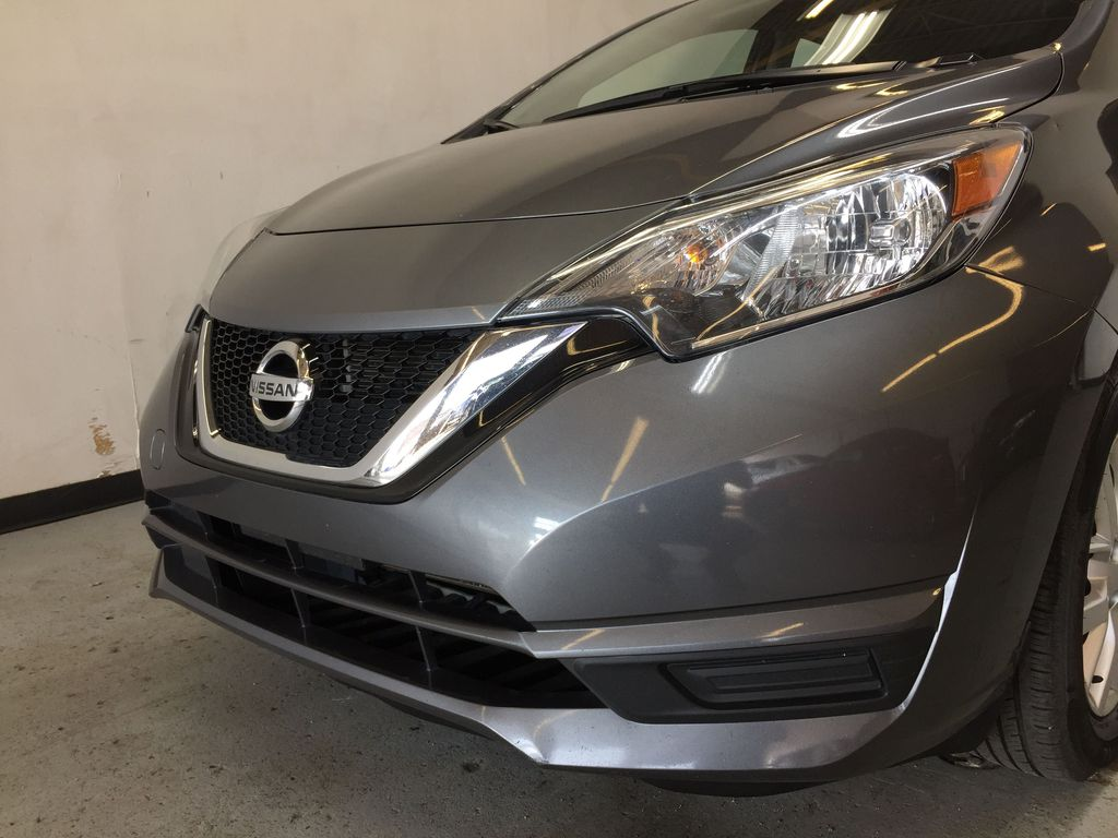 Pre-Owned 2017 Nissan Versa Note