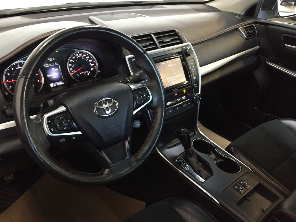 Pre-Owned 2017 Toyota Camry XSE
