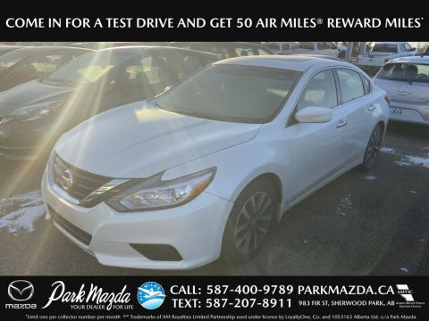 Pre-Owned 2016 Nissan Altima SV